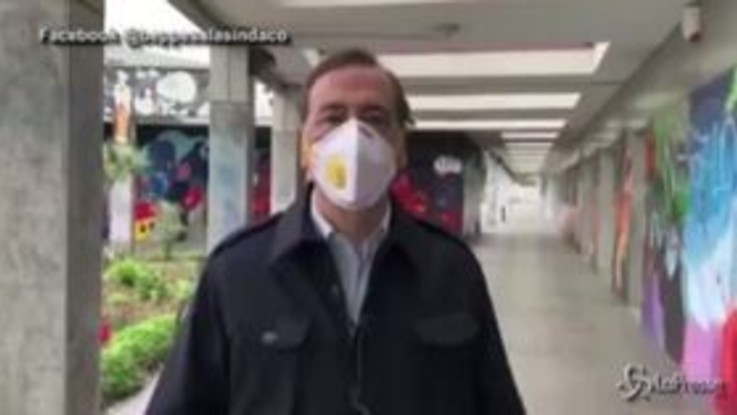 "Coronavirus, Sala: ""Ho visto troppe persone in giro"""