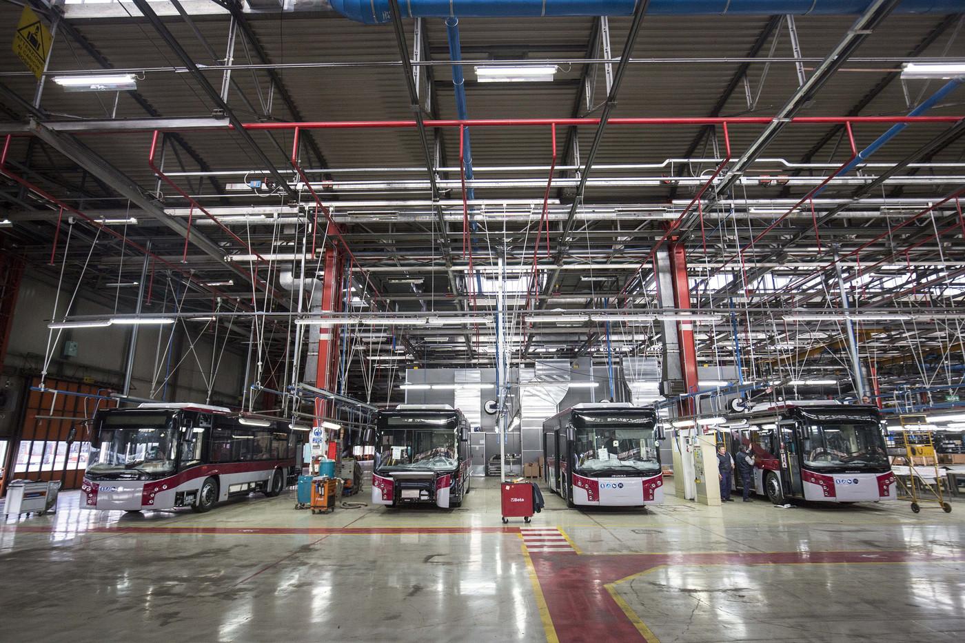 Frena la produzione industriale ma prospettive restano alte