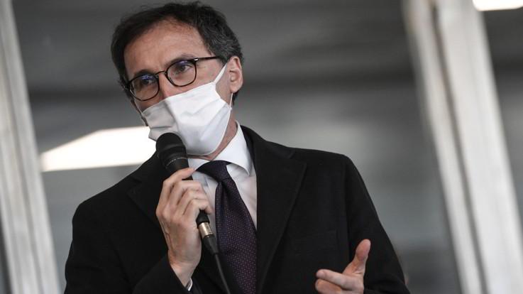 Coronavirus, Fontana: Da Roma solo briciole. Boccia replica: Fatto di tutto