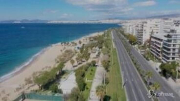 Coronavirus: Atene vista dal drone, la scatenata capitale greca immobile e incredibile