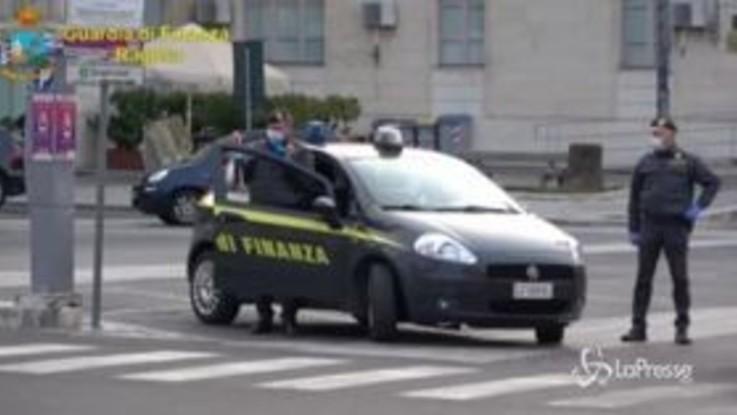 Coronavirus, arrestato latitante in auto nel Ragusano