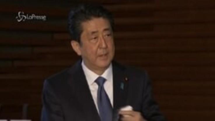 """Giappone, Shinzo Abe: """"Pronti a dichiarare lo stato d'emergenza"""""""