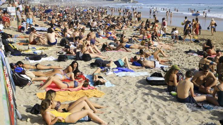 Coronavirus, Miraggio estate. Balneari: Impossibile aprire, spiaggia è aggregazione