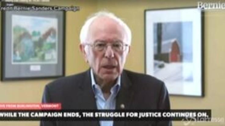 """Usa, Bernie Sanders sospende la campagna elettorale: """"Vittoria impossibile"""""""