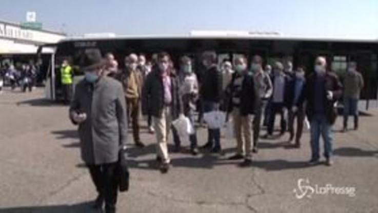 Coronavirus, Linate: Fontana accoglie i 73 medici della Protezione Civile