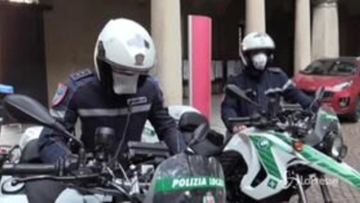 Milano, polizia locale in aiuto agli anziani in difficoltà