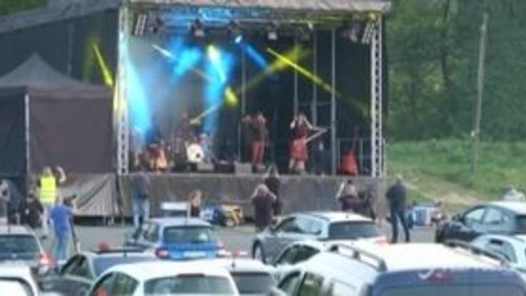 Coronavirus, in Germania un concerto stile drive-in
