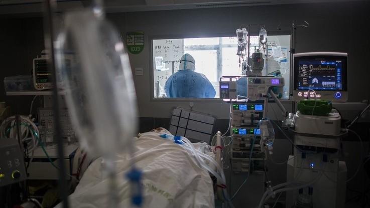 """Coronavirus, sorella infermiera morta: """"Era un capitano, non ha mai abbandonato la nave"""""""