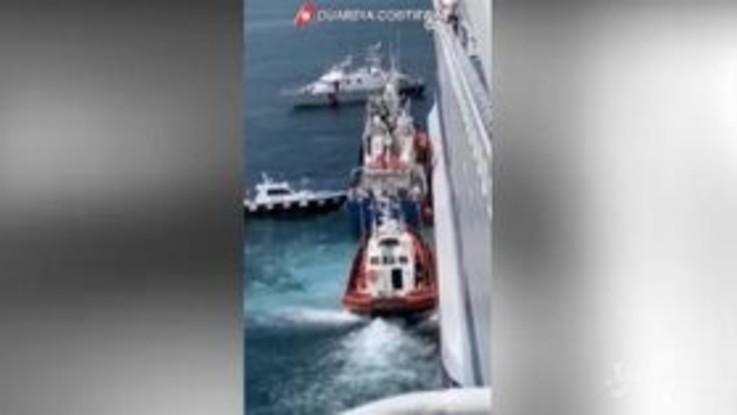 Trasferiti sulla nave Rubattino i 34 migranti della Aita Mari