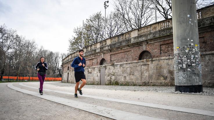 Coronavirus, si torna a fare jogging ma solo per 40 minuti
