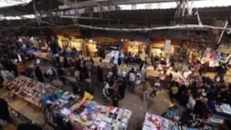 Iraq: a Mosul mercati pieni nonostante l'emergenza coronavirus