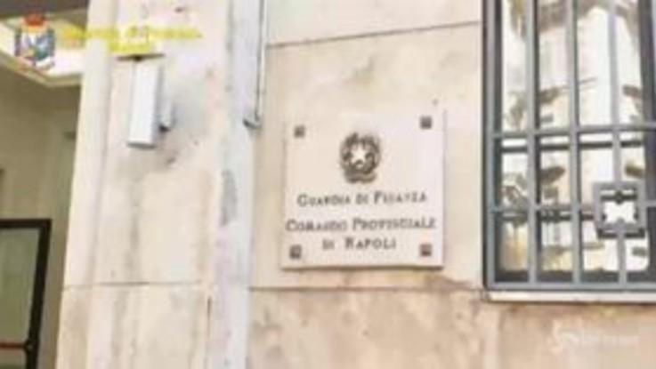 Napoli, scoperto traffico di droga spedita per posta