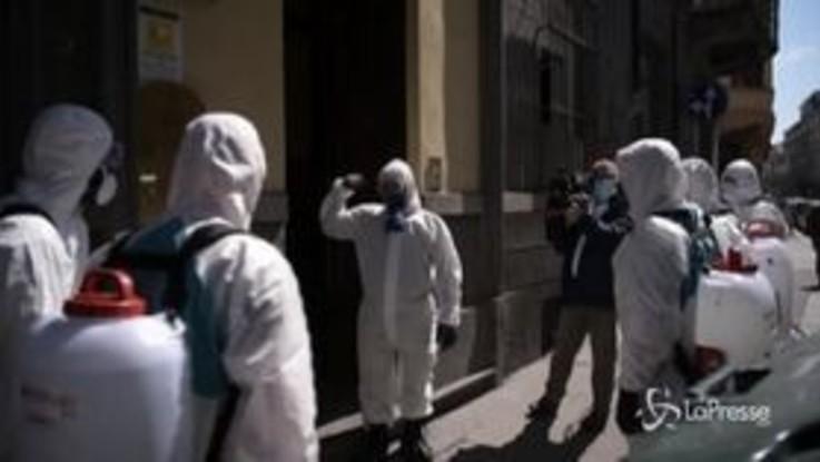 Coronavirus, Torino: l'esercito sanifica due strutture per senzatetto
