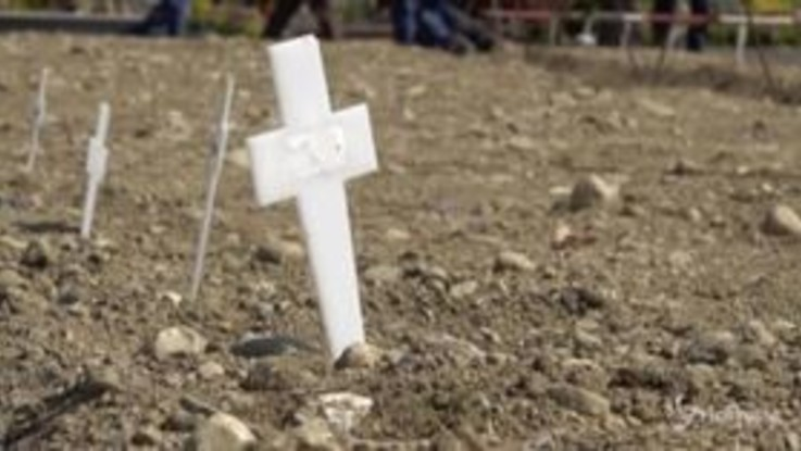 Coronavirus, Milano: un campo al Cimitero Maggiore accoglie salme non reclamate