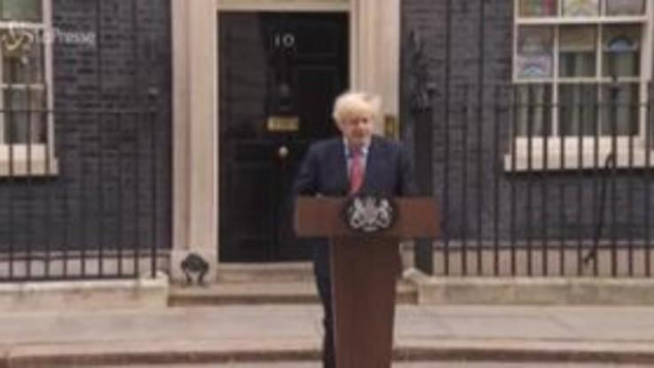 "Coronavirus, Johnson torna a Downing Street: ""Evitare secondo picco"""