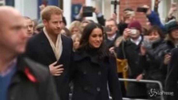 Harry e Meghan, in arrivo la biografia che fa tremare la regina