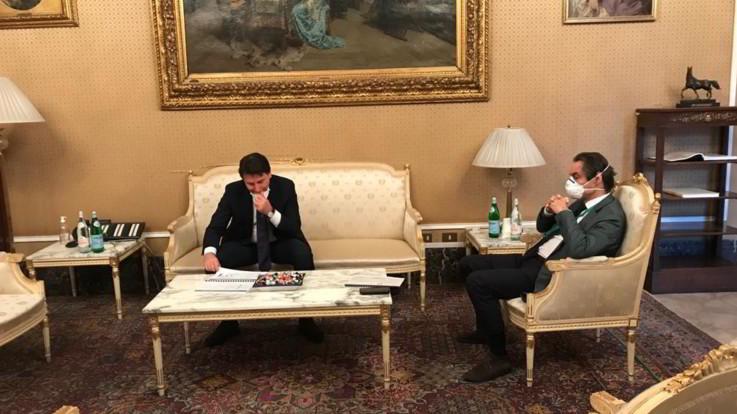 Coronavirus, Fontana dà a Conte documento del 'patto sviluppo' Lombardia