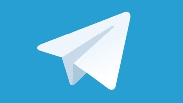 Giornali e libri gratis su Telegram: sequestrati 17 canali
