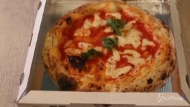 Coronavirus, a Napoli riaprono le pizzerie