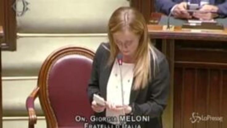 """Coronavirus, Meloni attacca Conte: """"L'Italia non è un reality show"""""""