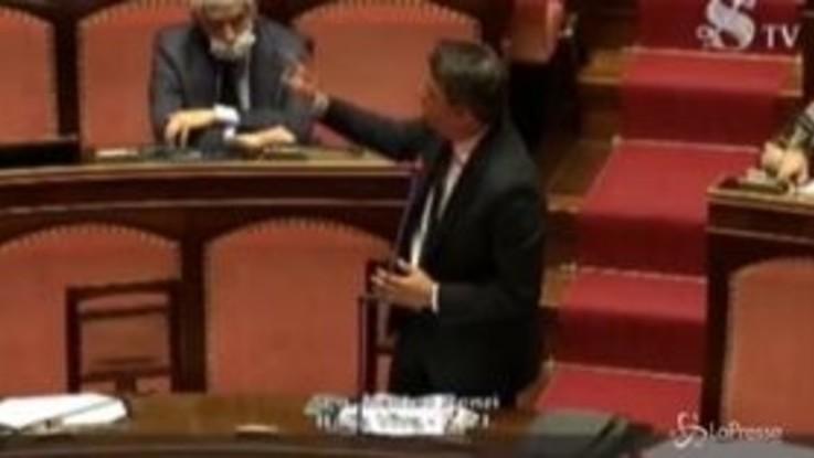 """Renzi: """"Quando diciamo di ripartire pensiamo di onorare chi è caduto a Bergamo"""""""