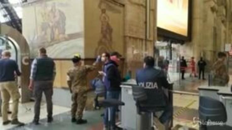Milano, controlli ai binari in Stazione Centrale: pochi passeggeri