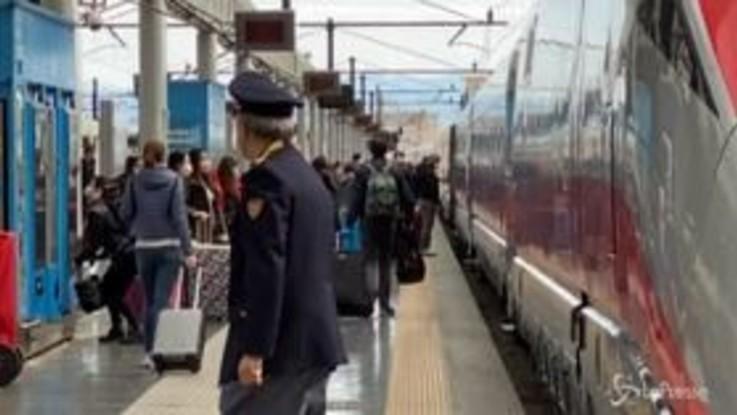 """Fase 2, partono i primi treni Milano-Napoli: """"Finalmente rivedrò la mia famiglia"""""""