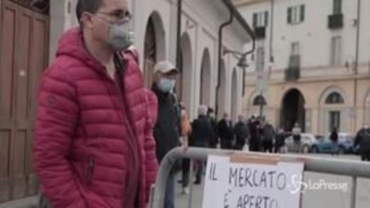 Torino, riapre il mercato all'aperto più grande d'Europa