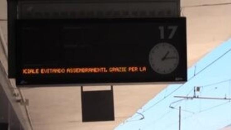 Fase 2, Napoli: controlli serrati in stazione per l'arrivo del primo Frecciarossa dalla Lombardia