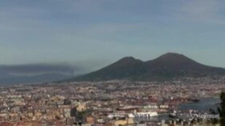 Napoli, incendio alla fabbrica Adler: un morto e tre feriti