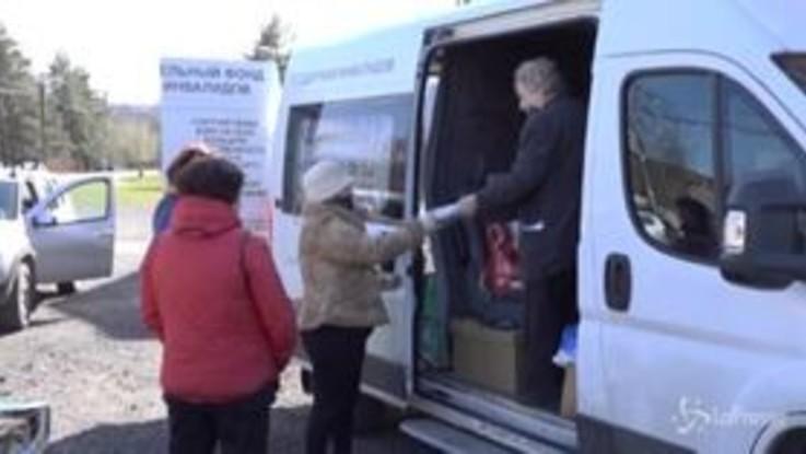 Lockdown in Russia: il cibo consegnato da reduce dell'assedio di Leningrado