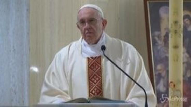 """Papa Francesco: """"La Chiesa non si affidi al potere temporale e ai soldi"""""""