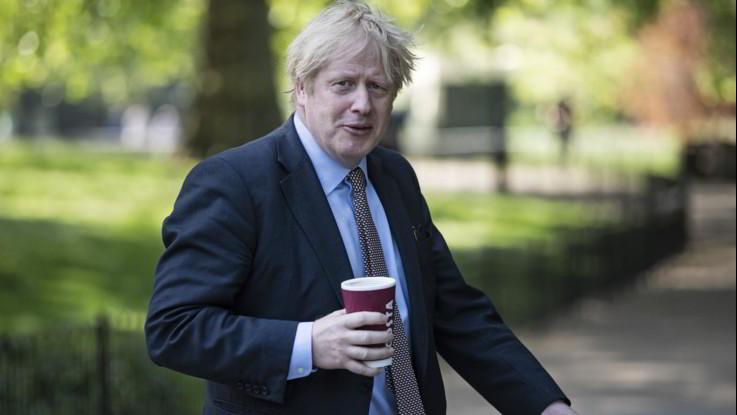Coronavirus, Gran Bretagna in lockdown fino a 1° giugno. In Germania risale tasso contagio