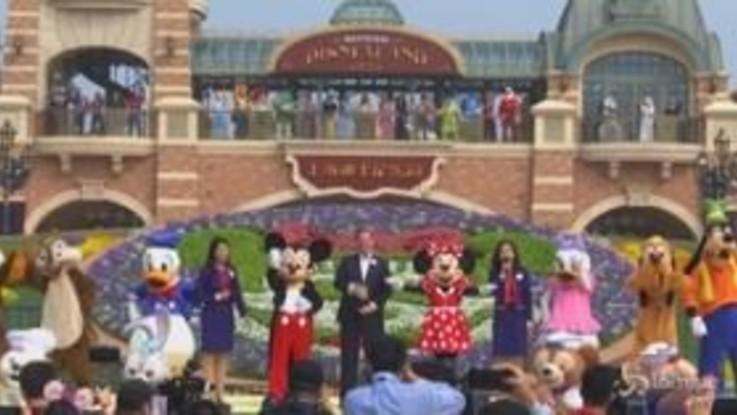 Cina, riapre Disneyland a Shanghai