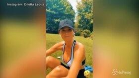 Diletta, vita da runner: corre, cade e si sbuccia un ginocchio