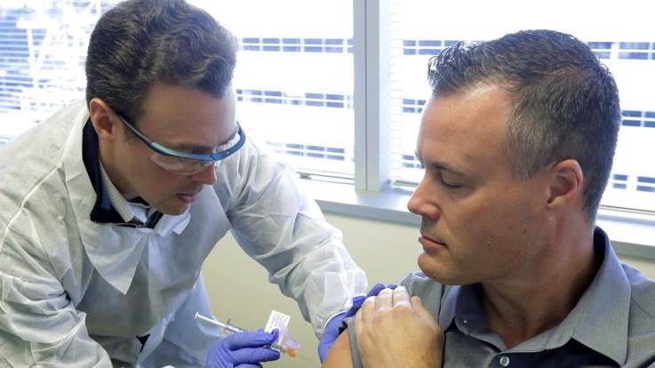 Coronavirus, ottimismo da test vaccino Moderna