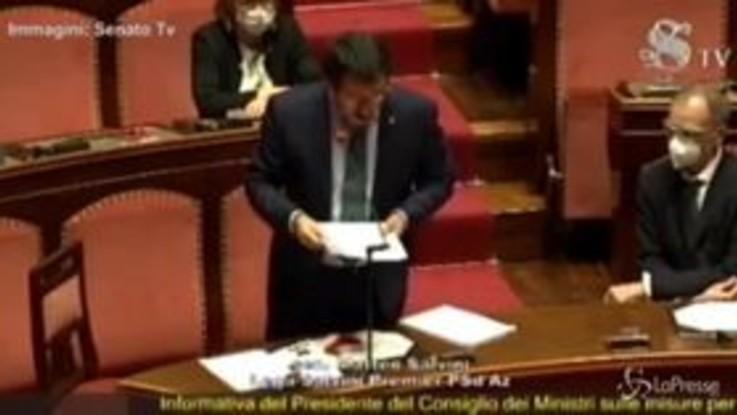 """Salvini: """"Usate il Coronavirus per la più grande sanatoria sugli immigrati"""""""