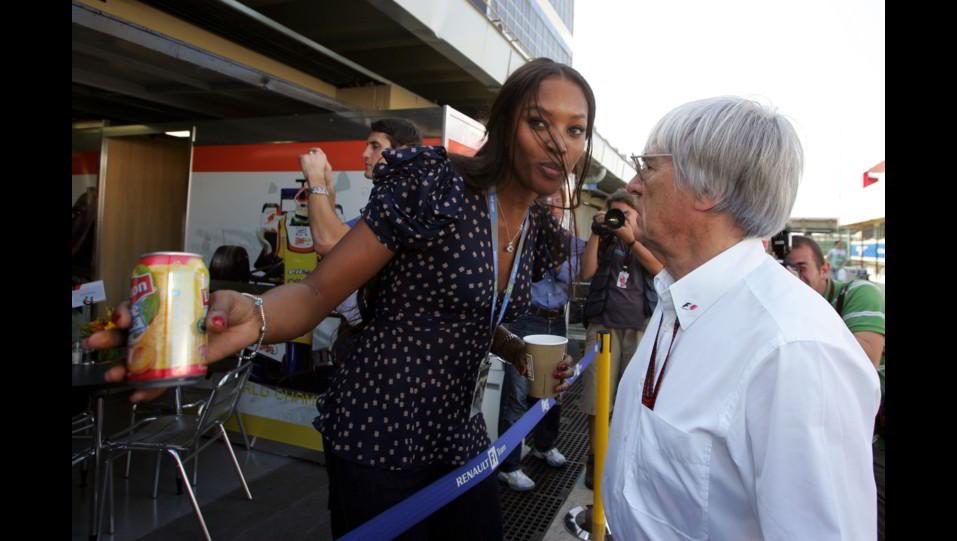 Naomi Campbell con Bernie Ecclestone ©