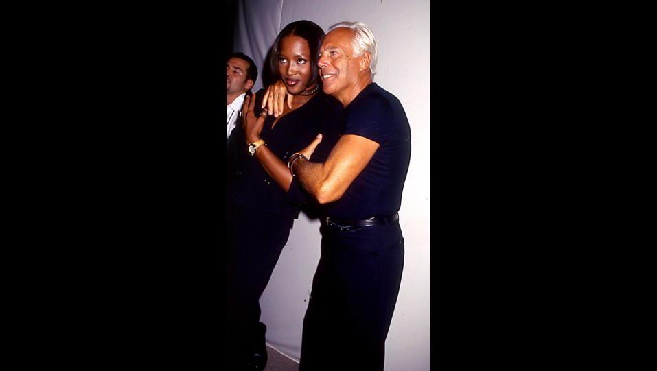 Naomi Campbell con Giorgio Armani ©