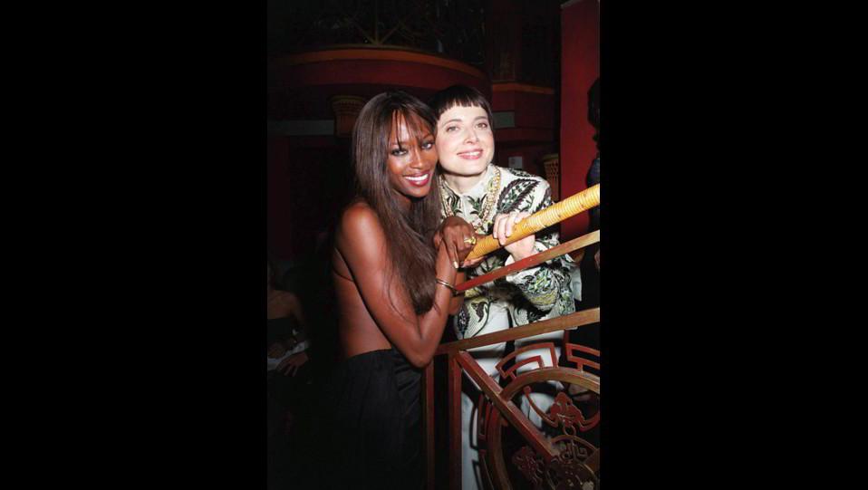 Naomi Campbellnel 1999 con Isabella Rossellini ©