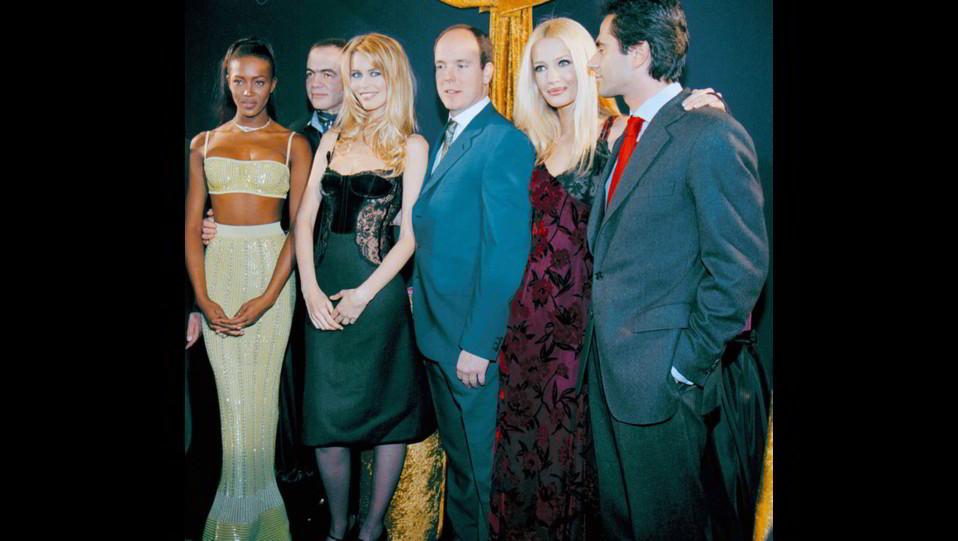 Naomi Campbell con Alberto di Monaco,Karen Mulder e Claudia Schiffer ©