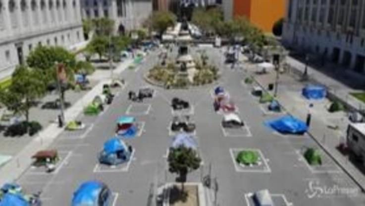 Coronavirus, San Francisco consente accampamenti in tende ai senzatetto