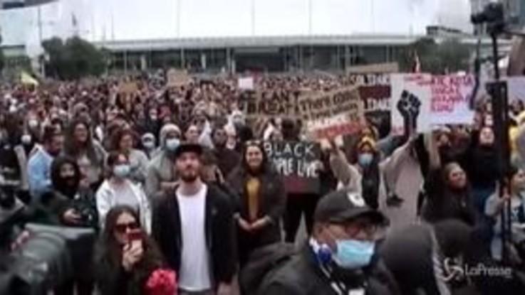 Morte Floyd, in migliaia protestano in Nuova Zelanda
