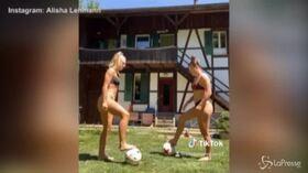 Il sexy palleggio di Alisha e Ramona infiamma il web