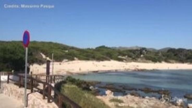 Baleari, le spiagge ancora deserte attendono i turisti