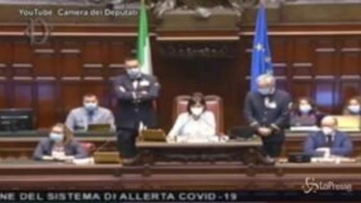 Camera, insulti a Carfagna e Bartolozzi: Sgarbi espulso dall'Aula