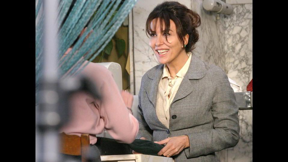 Sabrina Ferilli sul set del film Lucia, girato nel quartiere storico di Roma Testaccio ©