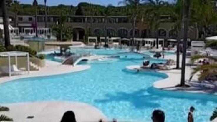 Riparte la stagione del Forte Village: sicurezza al centro per una vacanza 'libera'