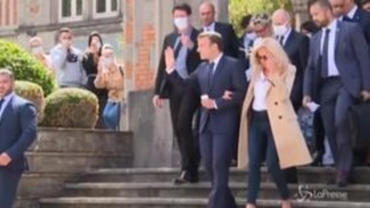 Francia alle urne, il presidente Macron al voto a Le Touquet