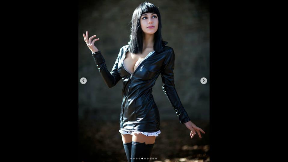 La cosplay Ambra Pazzani nei panni del personaggio Nico Robin (fonte Instagram) ©